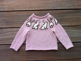 Bunny pullover 1 web